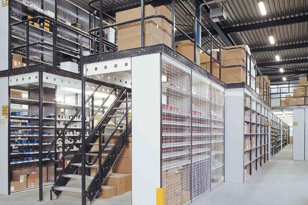 JK Logistika Ocelové konstrukce a pochozí patra 1 1